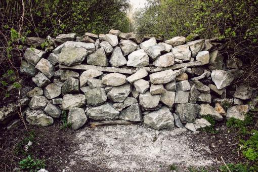 stones-1808222_1920.jpg