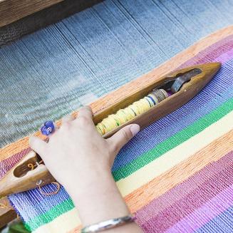 weaving-loom-2571179_1920 (1)