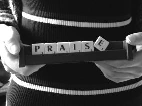 praise-1987229_1920.jpg
