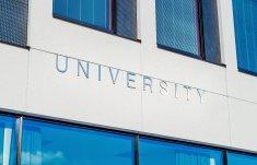 university-2119707_1920.jpg