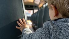 school-bus-4682657_1920.jpg